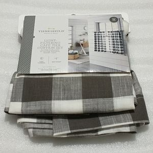🆕 Grey Check Curtain Tier
